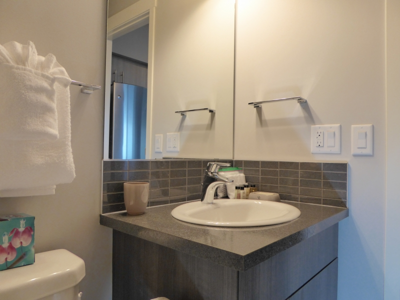 Ensuite Bathroom Edmonton the heart of central downtown - infiniti hospitality (edmonton